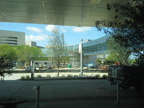 parkland hospital emergency room take a tour of the new parkland it s high tech and disney inspired kera news
