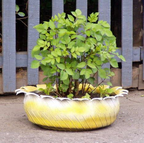 Tire Flower Planters by Moonbeams Fireflies Where The Rubber Meets The Garden