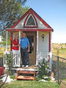 tiny houses images tiny house community home