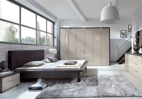 Small Flat Design fitted wardrobe ideas and pictures in fife scotland