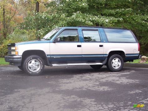 chevy suburban blue when will the 2014 suburban be available html autos weblog
