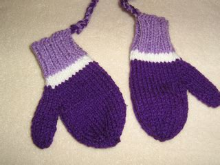 knitting pattern mittens 1 year old ravelry 2 year old mittens 92 pattern by nell armstrong