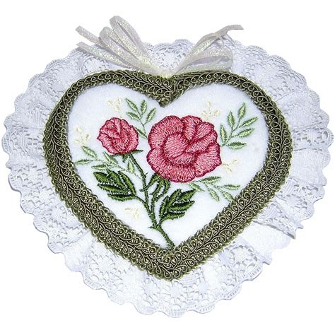 embroidery design latest holiday machine embroidery designs