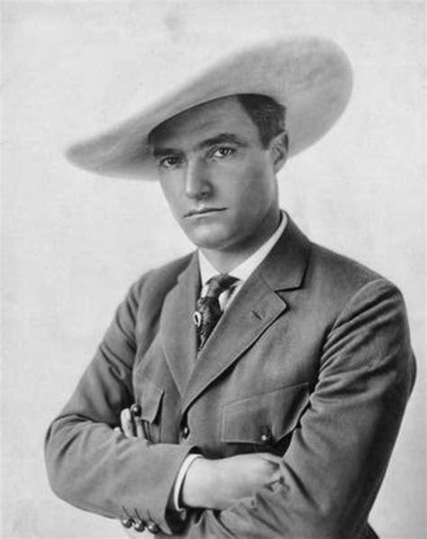 film star cowboys thomas edwin quot tom quot mix born thomas hezikiah mix january 6
