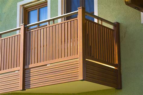 balkongeländer aluminium selbstbau balkon alu holzoptik kreative ideen f 252 r innendekoration