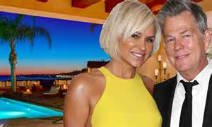 how to get yolonda foster haircut real housewives star yolanda foster and husband put bluff
