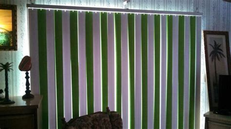 spray painting vertical blinds painted vertical blinds so easy so fresh looking