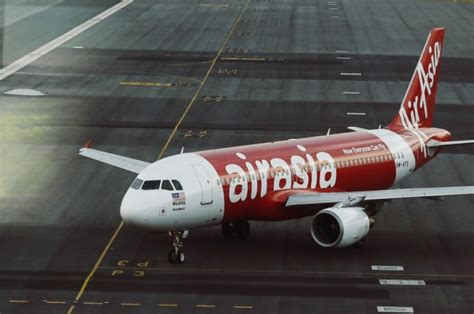 airasia mh370 missing airasia flight qz8501 is missing aircraft going