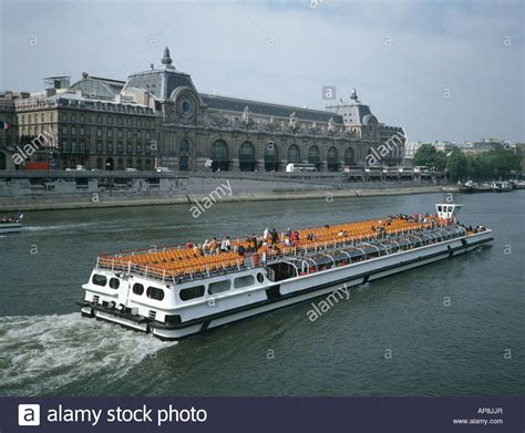 bateau mouche orsay orsay renoir stock photos orsay renoir stock images alamy