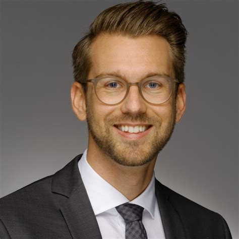 Ubs Mba Internship by Maximilian Cordier Strategy Consultant Accenture Xing