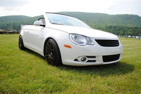 sell used 2008 volkswagen eos 2 0t convertible 2 door 2 0l in southington connecticut united