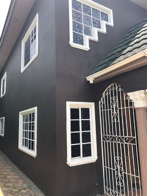 6 bedroom 5 bathroom house reduced 6 bedroom 5 bathroom house for sale in savanna