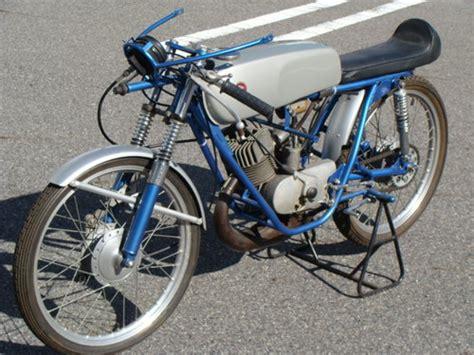 Suzuki Tr50 Stealing Speed 1967 Suzuki Tr50 Production Racer