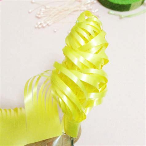 Putik Bunga Imitasi prakarya jaman sd 4 bunga dari pita plastik manu