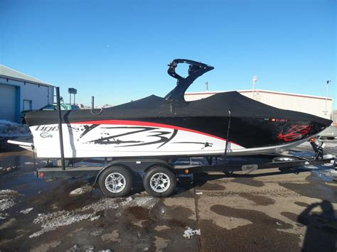 tige boat horsepower 2012 tige z3 with upgraded pcm 6 0l zr409 hp only 200