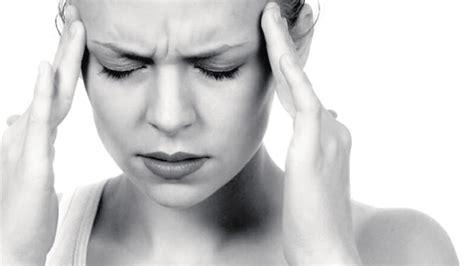 mal di testa in cause le cause pi 249 gravi mal di testa infoagrigento it
