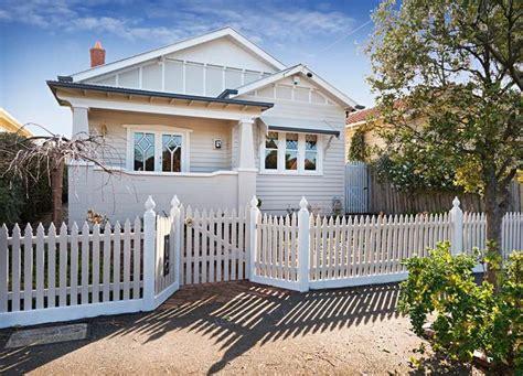 californian bungalow fences white californian bungalow exterior colour