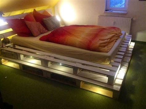 light pallets bed diy home design garden
