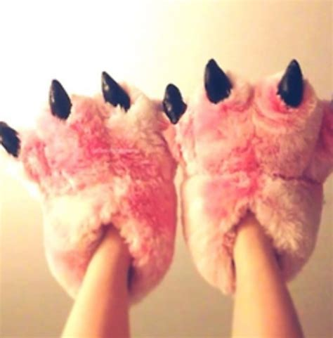 animal house shoes amazon com pink fuzzy bear paw animal slippers for women