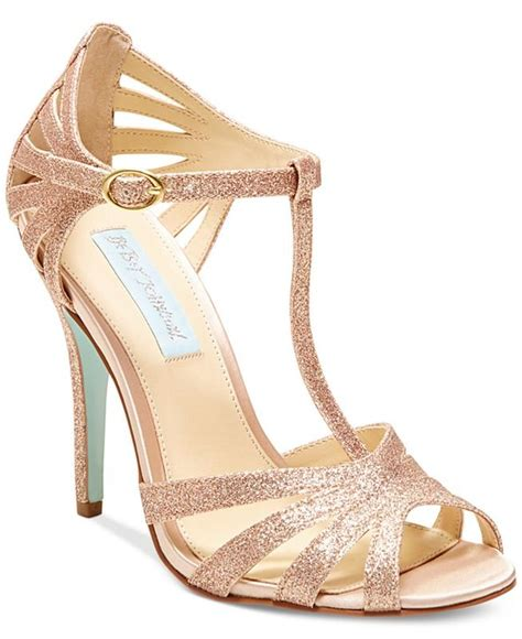 most comfortable heels for dancing 20 comfortable heels you can dance in without hurting