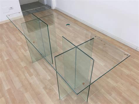 scrivania vetro temperato scrivania in vetro temperato con basi e foro passacavi