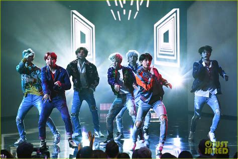 bts american music awards bts perform dna at american music awards 2017 video