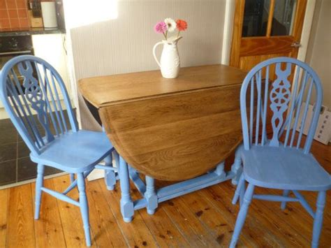 vintage solid oak oval gate leg drop leaf dining table two wheelback chairs shabby chic