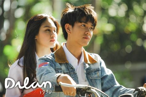 film indonesia paling romantis sepanjang masa film romantis indonesia sepanjang masa quot dilan 1990