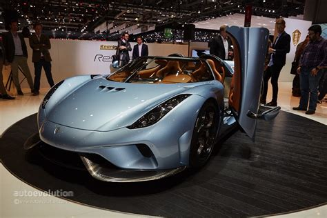 koenigsegg regera hybrid koenigsegg s regera is a crazy 1 500 bhp hybrid with no