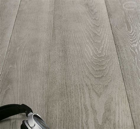 parquet e pavimento parquet e pavimenti in rovere grigio cadorin