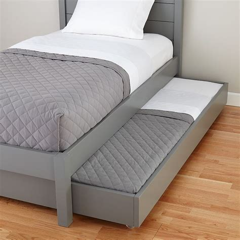 trundle bed mattress 1000 ideas about trundle beds on pinterest girls
