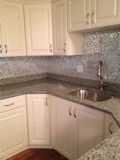 accent pieces for bathroom 65 best images about backsplash accent pieces on