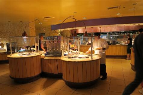 buffet area picture of goofy s kitchen anaheim
