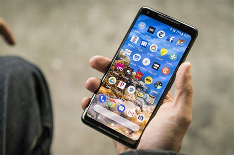 google pixel 2 and pixel 2 xl hands on act two looks great pixel 2 xl review a i magic on a 6 inch display pcworld