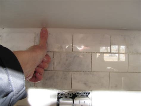How To Pick A Kitchen Backsplash Help Builder Saying He Doesn T Want To Put My Trim Tile