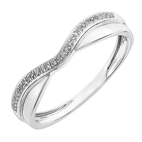 9ct white gold and polished shaped wedding ring