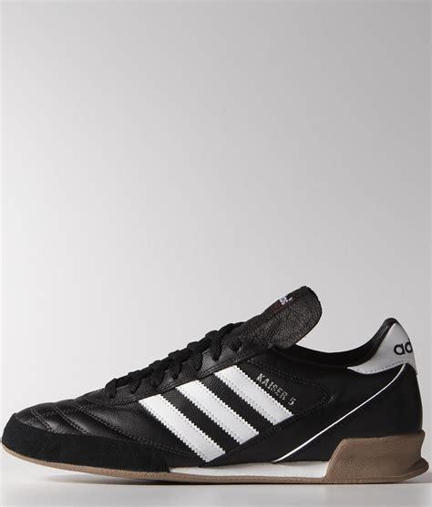 Harga Adidas Kaiser 5 chaussures adidas futsal