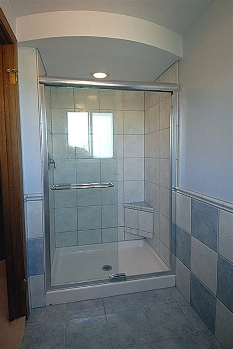 Shower Cubicles For Small Bathrooms Best Home Design 2018 Showers Cubicles In Small Bathroom