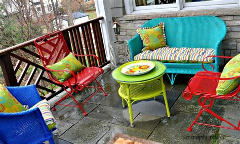 spray painting metal furniture spray painting metal outdoor furniture landscaping