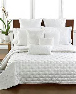 Hotel Collection Frame Bedding Hotel Collection Bedding Quot Finest Silk Quot Quilted Coverlet White Ebay