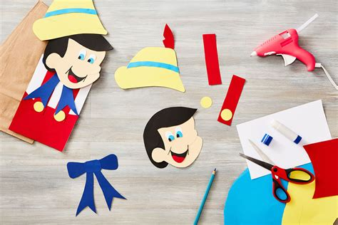 How To Make A Bag Out Of Construction Paper - pinocchio lunch bag puppet disney family