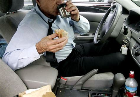 eating while driving causes 80 of all car accidents