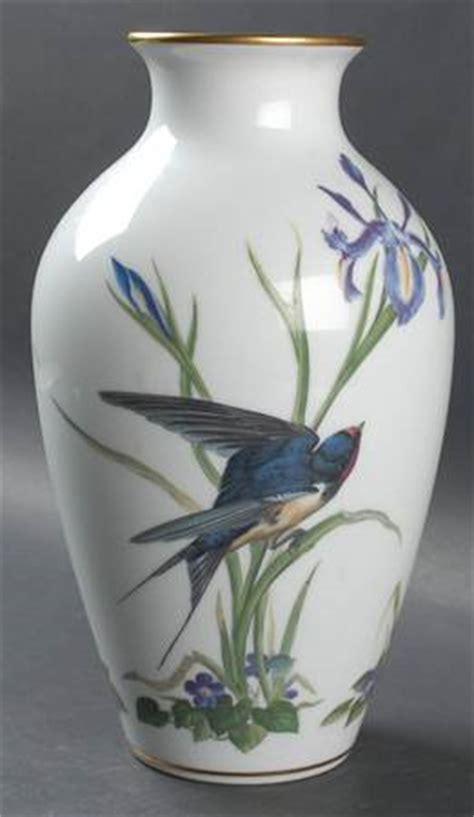 Franklin Mint Vases by Franklin Mint Bird Vase At Replacements Ltd
