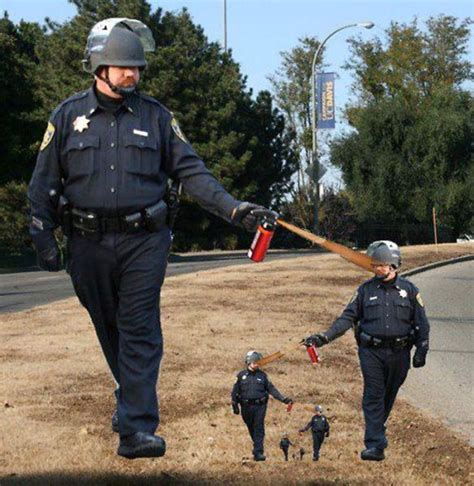 Pepper Spray Cop Meme - pepper spraying cop memes 45 pics 1 gif