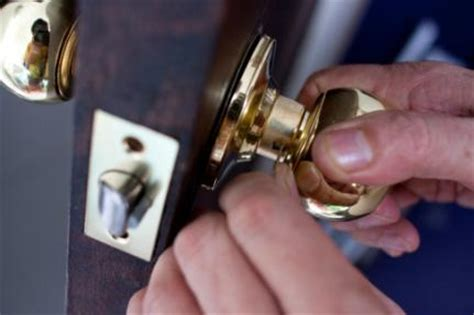 Door Knob Won T Turn by Live By Faith Wednesday Service