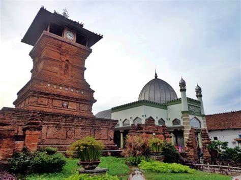 wallpaper alun alun bandung indonesia masjid pic check out indonesia masjid pic