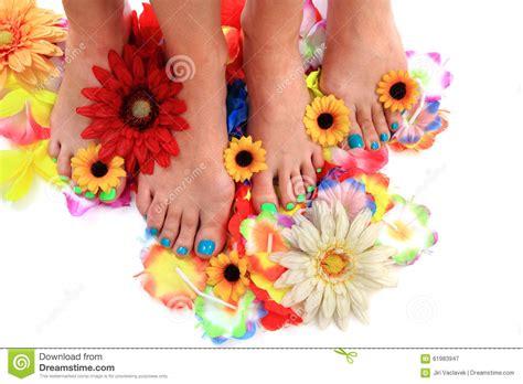 fiori e donne piedi delle donne e fiori tbackground di pedicure