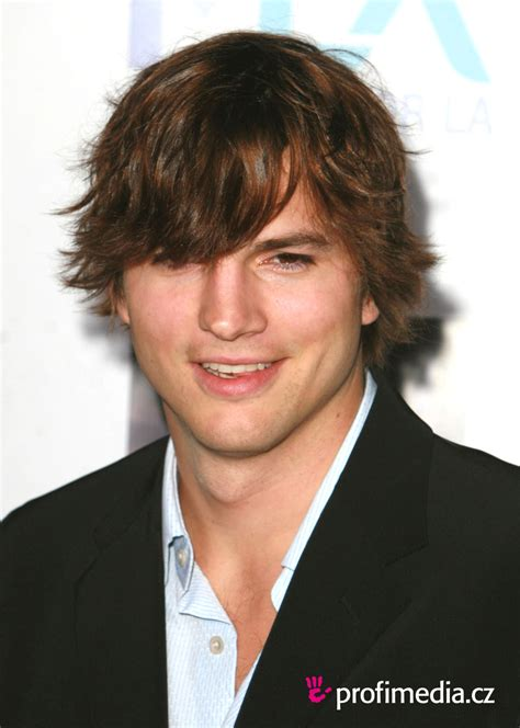 Ashton Kutcher Hairstyle by Ashton Kutcher Hairstyle Easyhairstyler
