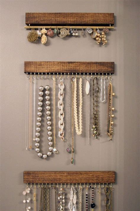 Best 25  Jewelry hanger ideas on Pinterest   Jewelry organizer wall, Diy necklace holder and Diy