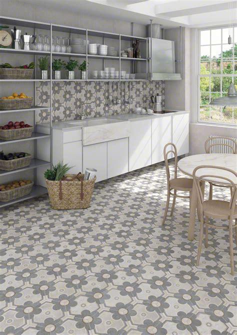 küchengestaltung fliesen raumgestaltung mit bodenfliesen freshouse